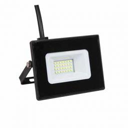 Foco proyector LED de 30W blanco frío colocación exterior