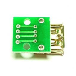 Puerto USB para montaje en protoboard